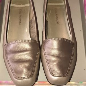 Enzo Angiolini Liberty Flat Loafer Gold 8.5